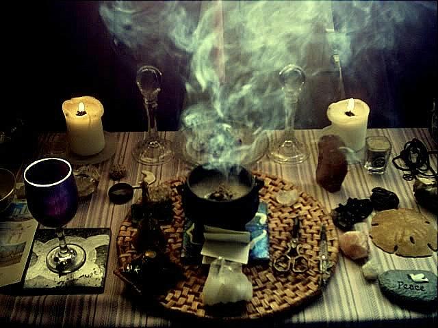 witchcraft-alter-banish-image-triple-moon-alchemy