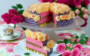 rose_cake_1920x1200
