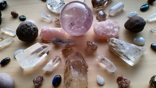 crystal-healing-therapy-training-skills